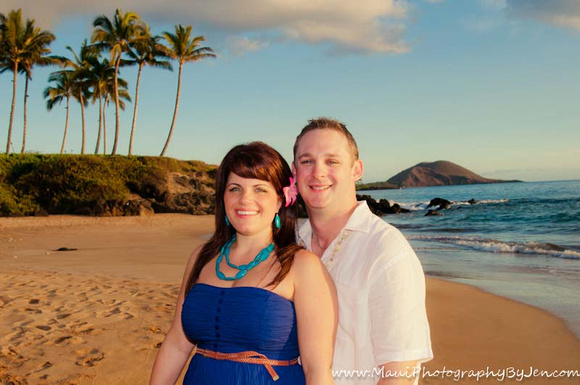 maui pictures of engagement photos