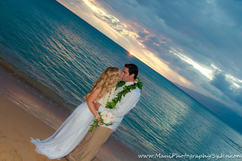 wedding photographer maui in napili