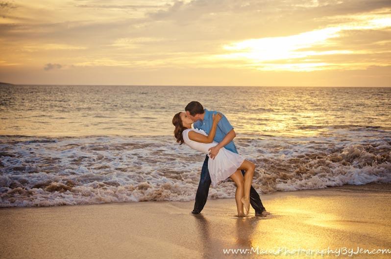 maui photographer with couple on the beach