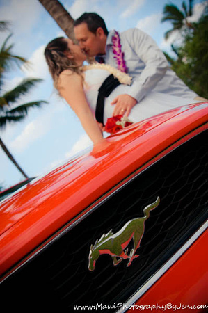 maui photographers with couple and convertible mustang