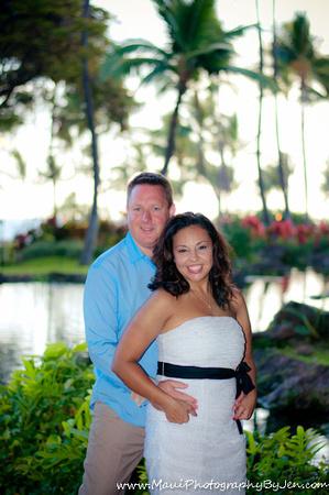 maui photographer with honeymoon couple at the grand wailea