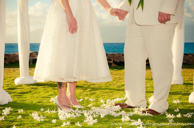 maui wedding photographer in kaanapali