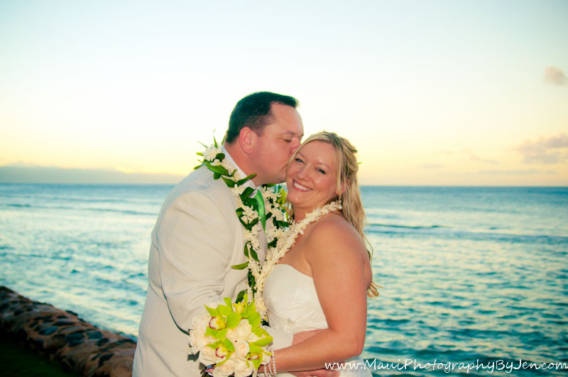 maui wedding photographers at the beach in wailea