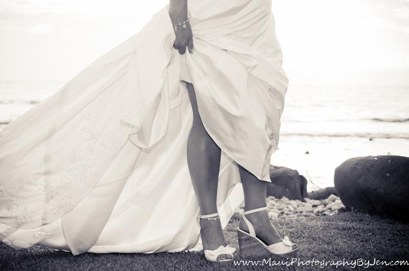 maui wedding shoes and dress