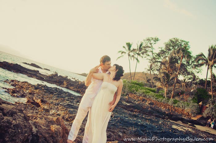 maui photographers at secret beach