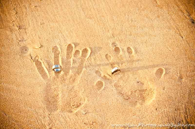 wedding photography in maui of handprints