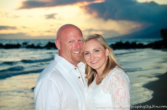 maui couples photography at sunset