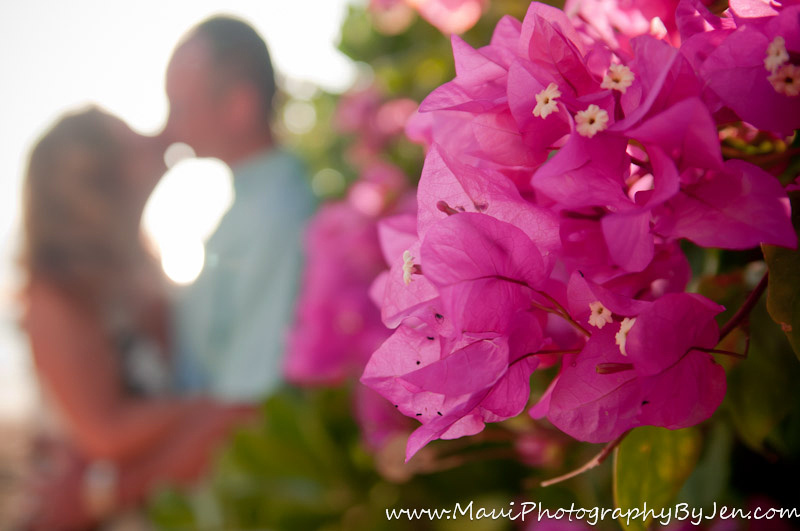 photography in maui with couple and flowers