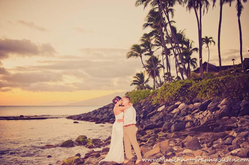 maui photographer wedding sunset