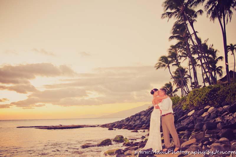 photographer in maui napili wedding