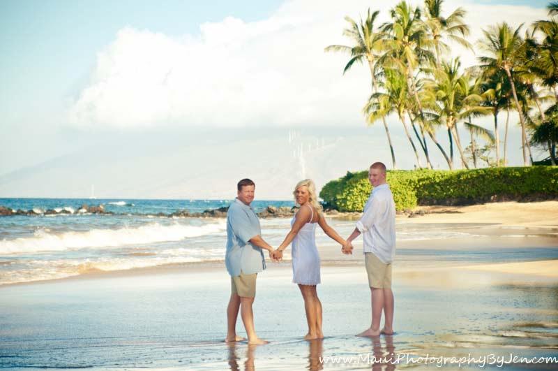 maui photography family at the beach