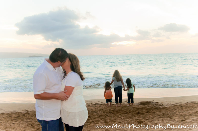 maui photography children holding hands at sunset