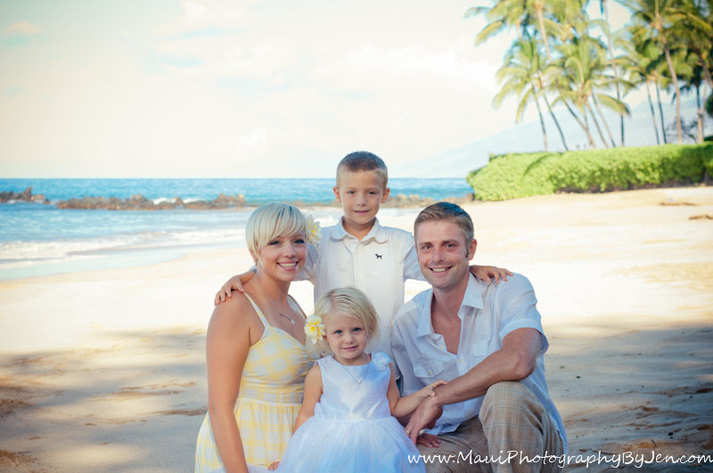 photography in maui of family at the grand wailea