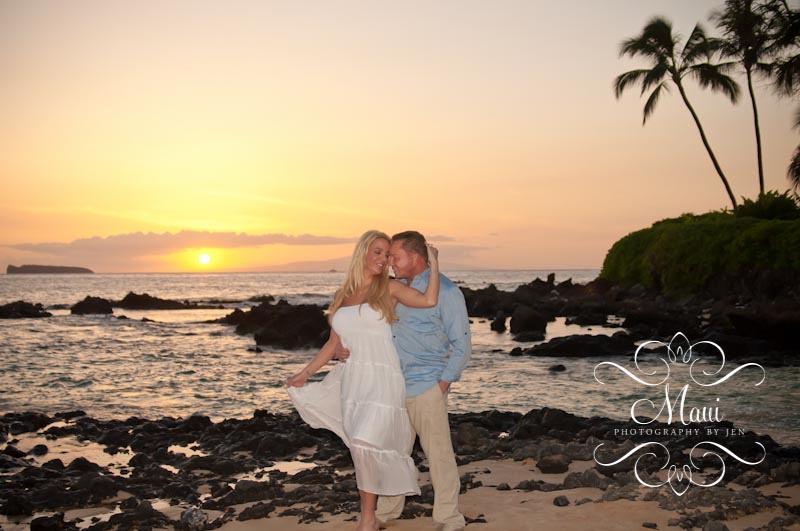maui photographers at the beach with honeymoon couple