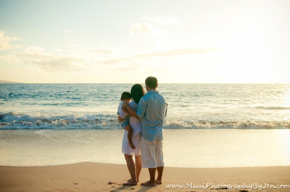family pictures in maui at the grand wailea