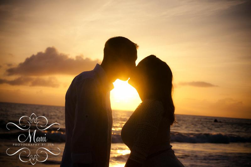 photographers on maui sunset couple