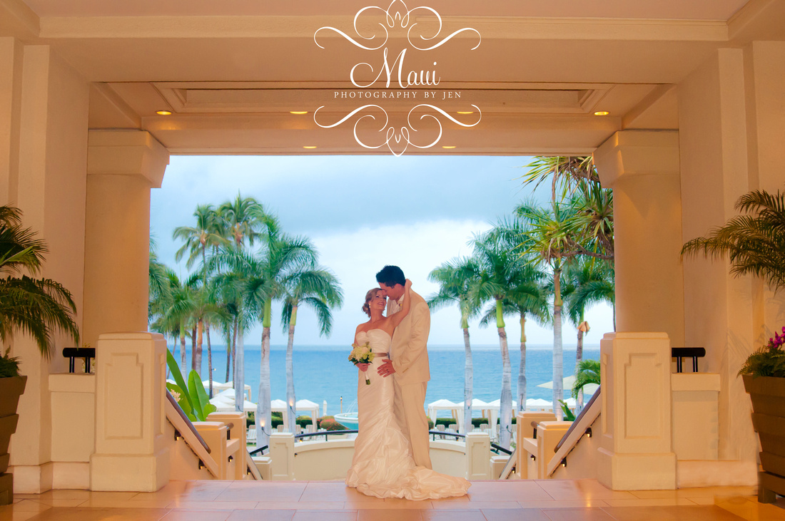photography in maui wedding at the four seasons wailea