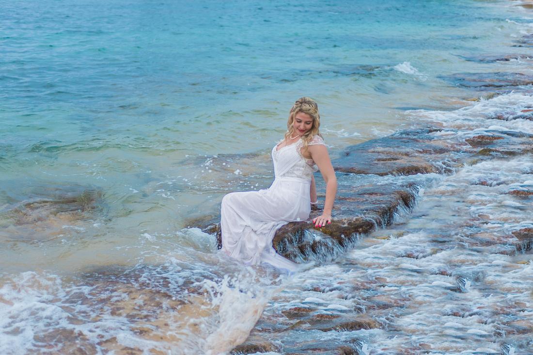 photographers in maui, photographer in maui, maui photographer, maui photographers, maui beach bride, maui bride, maui bridal,