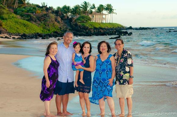 maui family photographer at the grand wailea