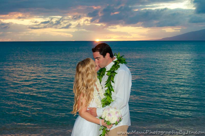 maui wedding photographers at napili bay.