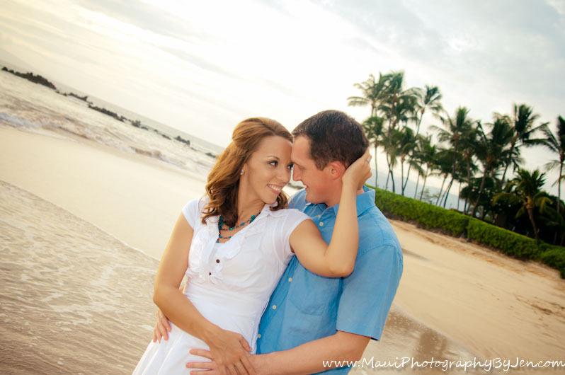 photographers on maui with couple