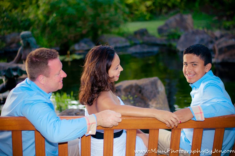 maui family photographer at the grand wailea