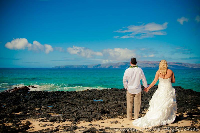 maui photographers at wedding in makena