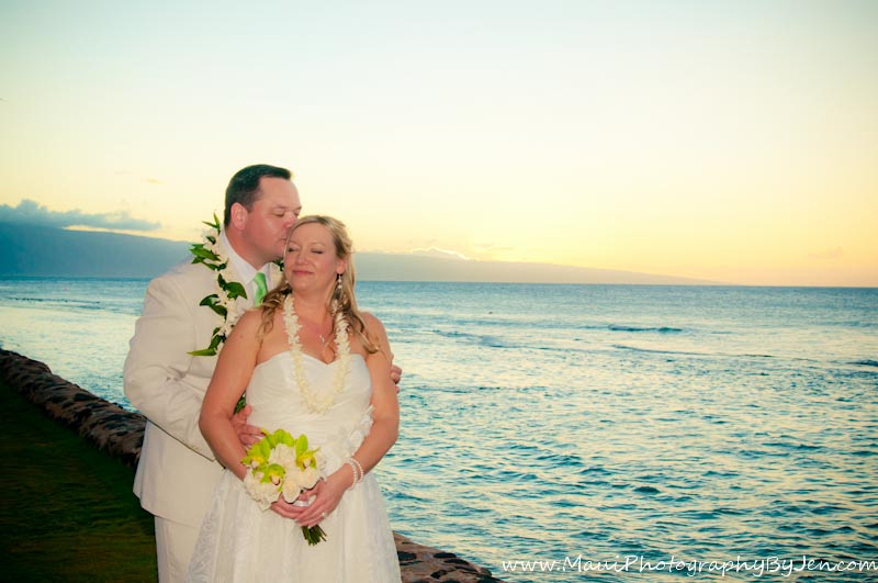 maui wedding photos by photographer jen