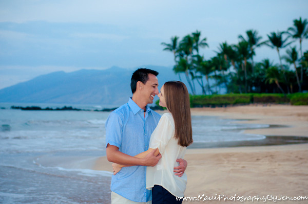 maui photographers with couple on anniversary