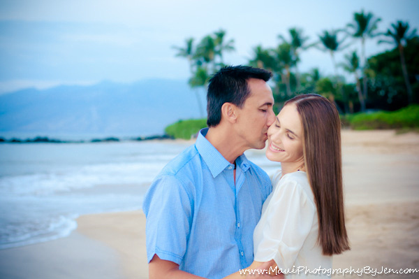maui photographers with couple on the beach