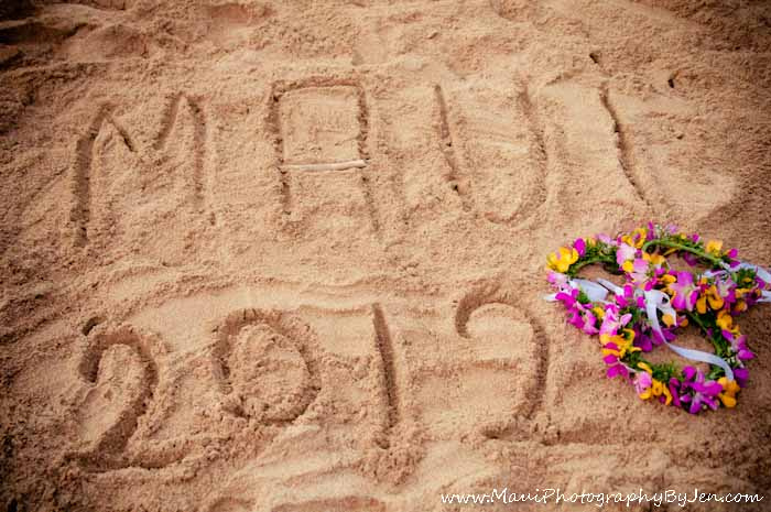 maui photography writing in the sand