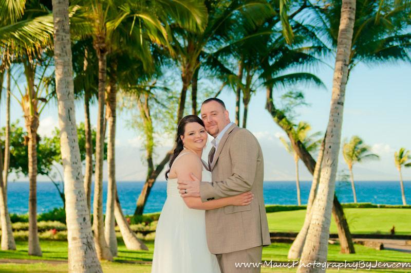 maui wedding photographers smiling posing