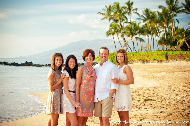 photographers in maui with family in kihei