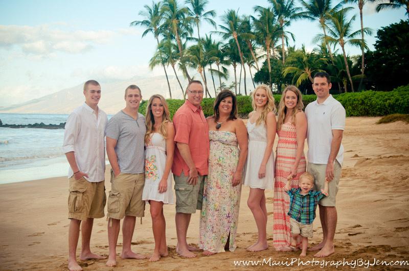 maui photographers with big family