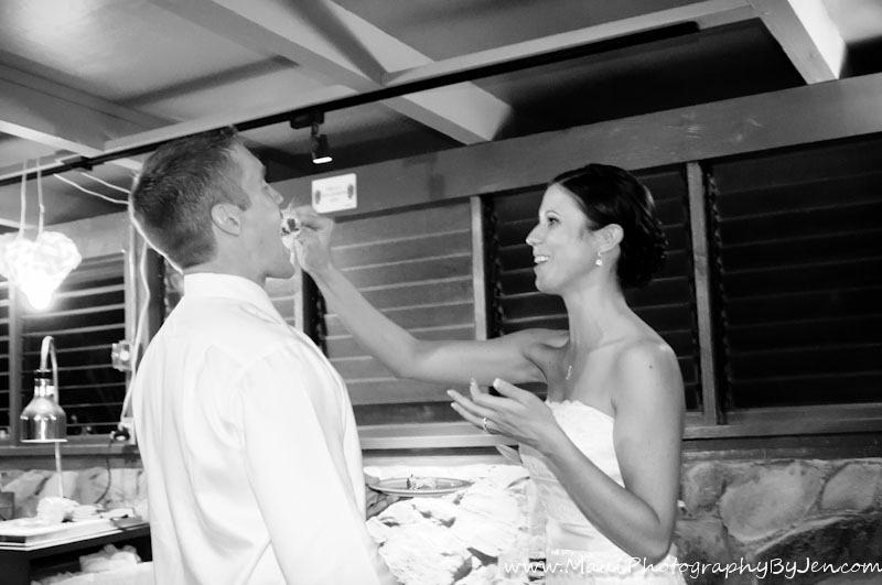 maui photographer wedding cake napili