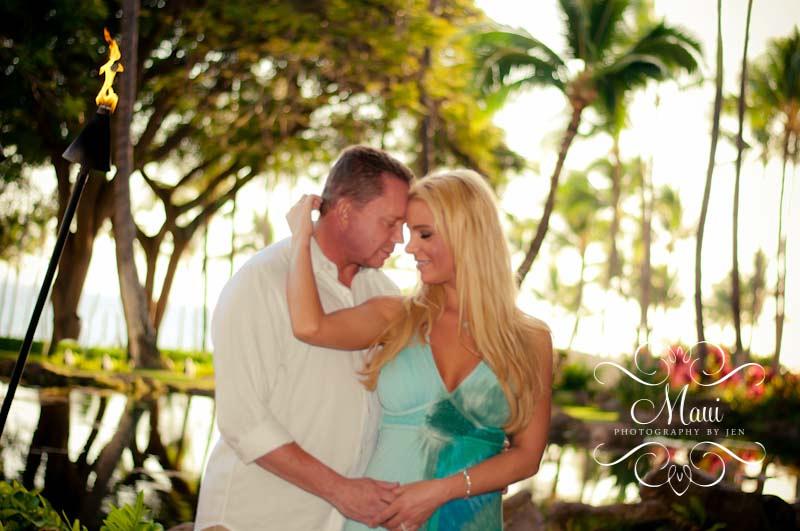 maui photography of honeymoon couple at grand wailea