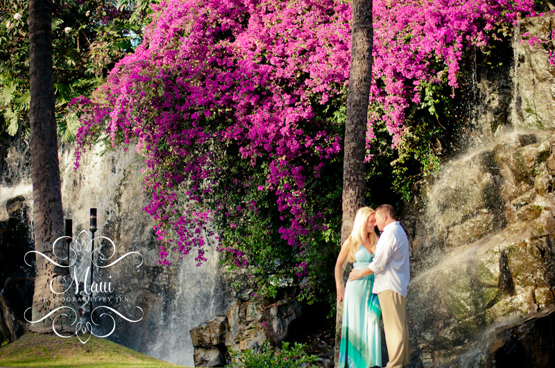 photographer in maui with couple at grand wailea