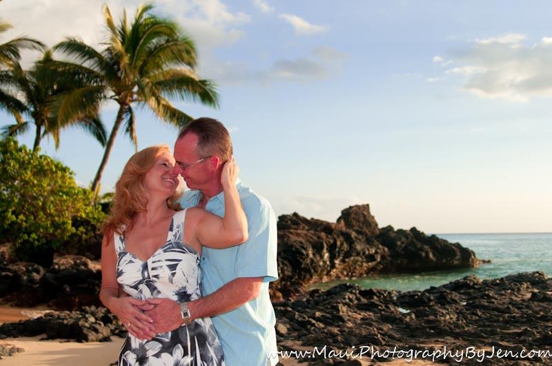 maui photographer couple anniversary