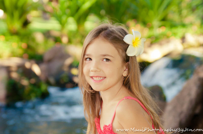 family photography in maui with girl